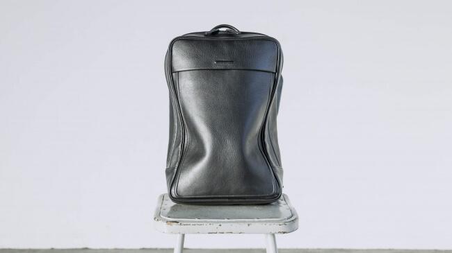 土屋鞄出身の職人が立ち上げた革製品ブランド「objcts.io」のバックパックが気になる!