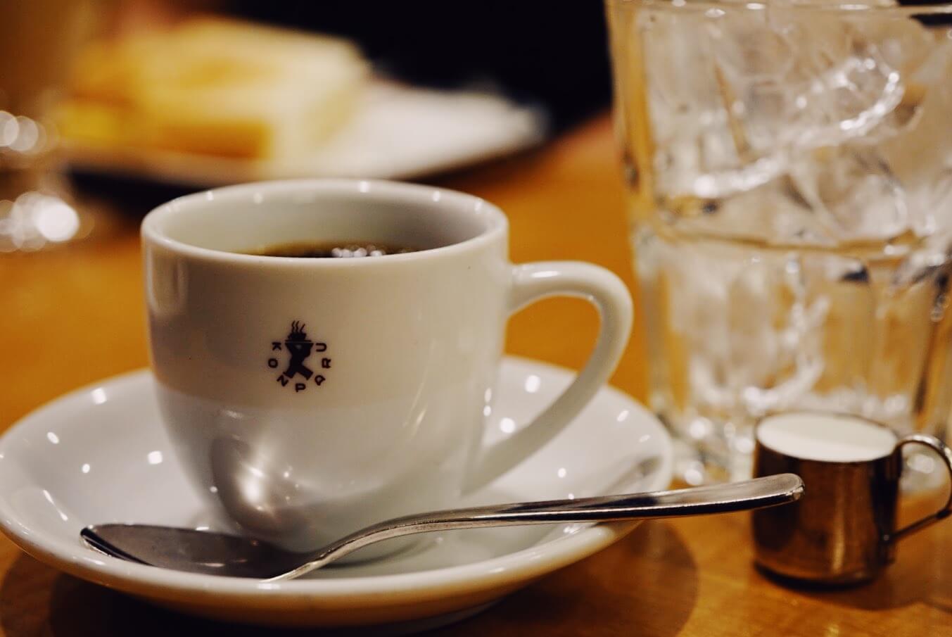 人生で一度は経験しておきたい新感覚のアイスコーヒーと小倉トーストが楽しめる名古屋のおすすめ喫茶店「コンパル」