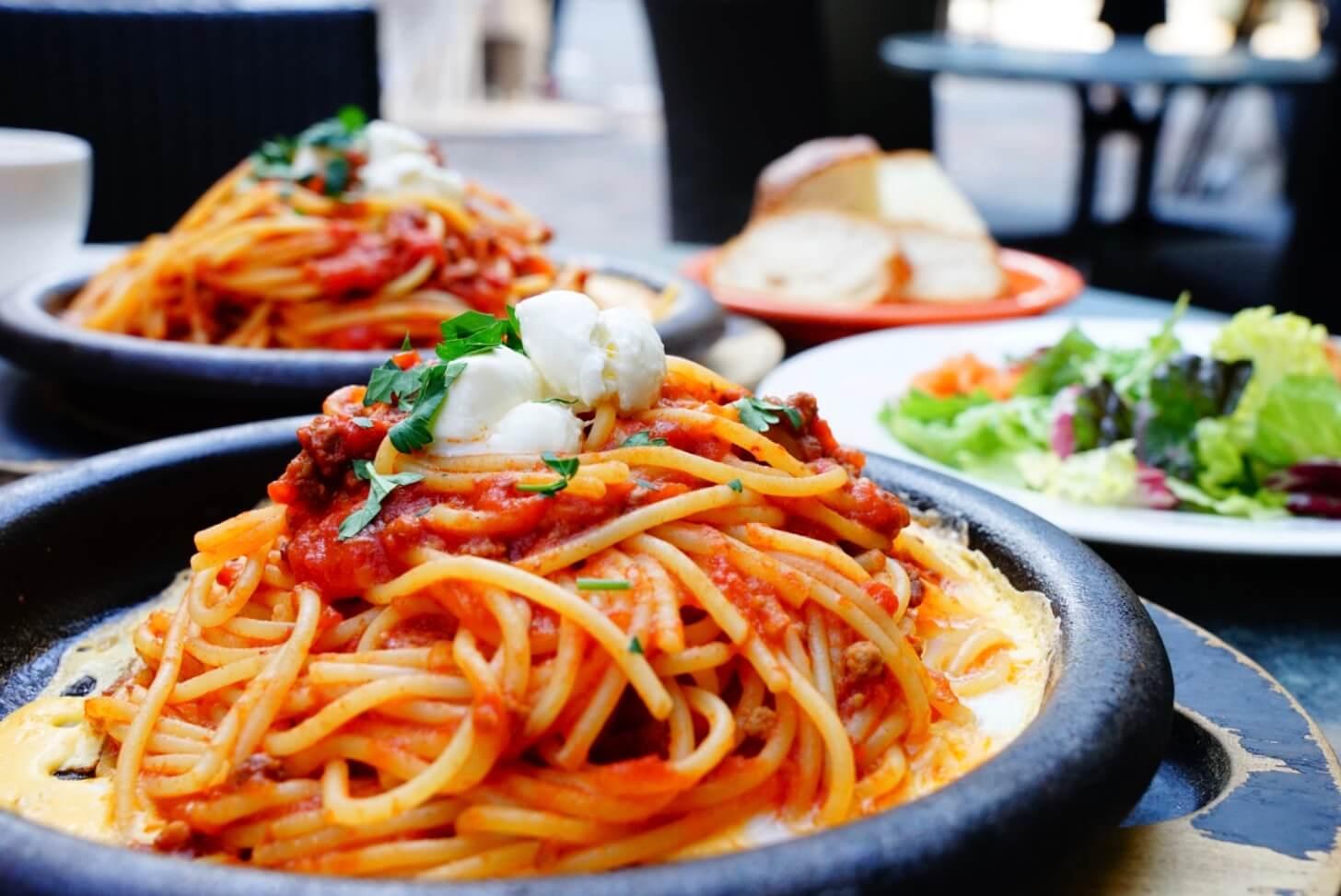【赤坂ランチ / Lunch in Akasaka】b&rの鉄板ボロネーゼ / Spaghetti Bolognese on an Iron Plate